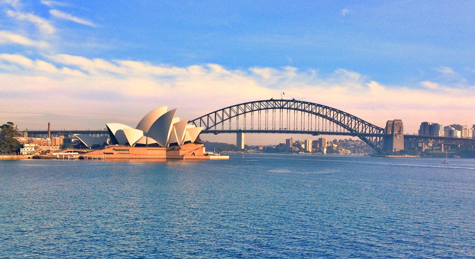Sydney Opera House, Voyage d'affaires à Sydney