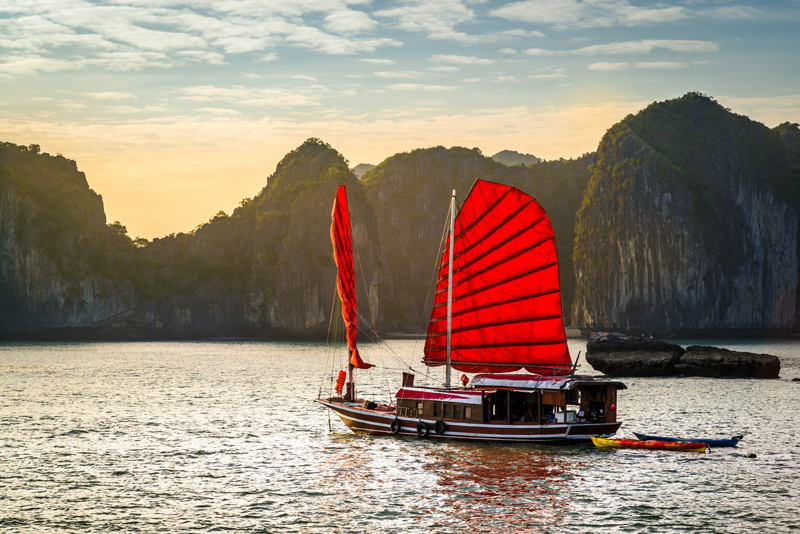 VIETNAM | CIRCUIT